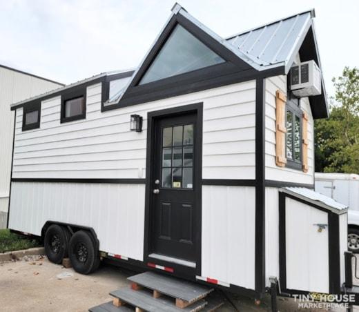 Newly Built Tiny House on 20' Trailer