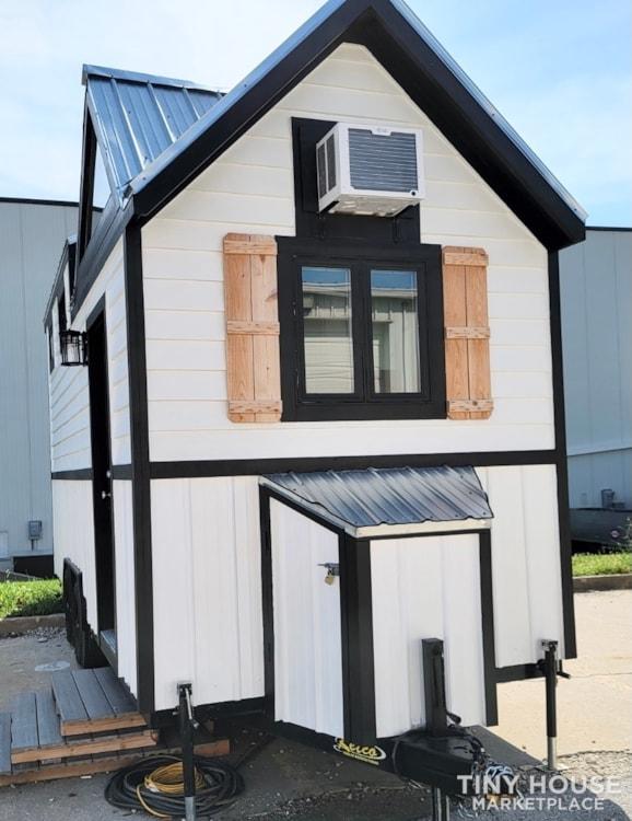 Newly Built Tiny House on 20' Trailer - Slide 2