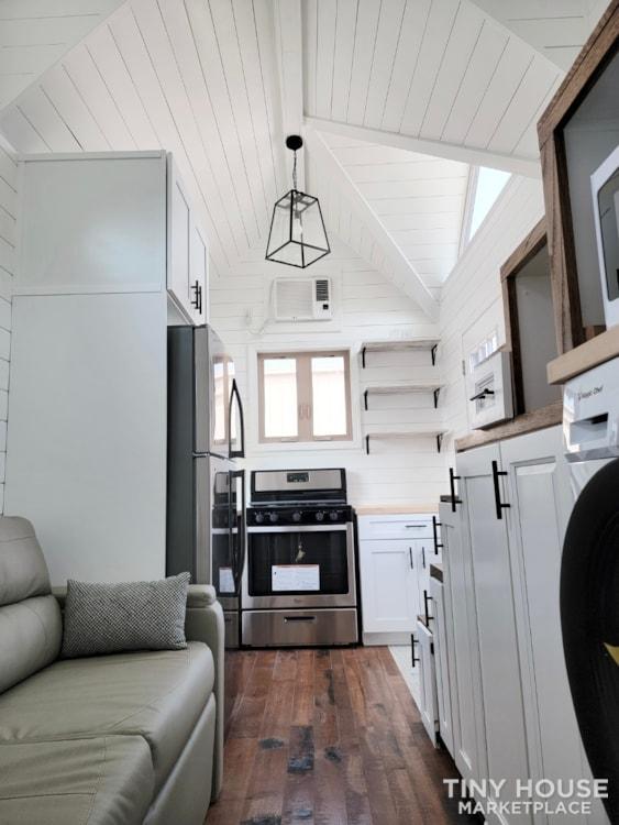 Newly Built Tiny House on 20' Trailer - Slide 4