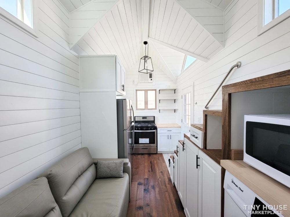 Newly Built Tiny House on 20' Trailer - Slide 7