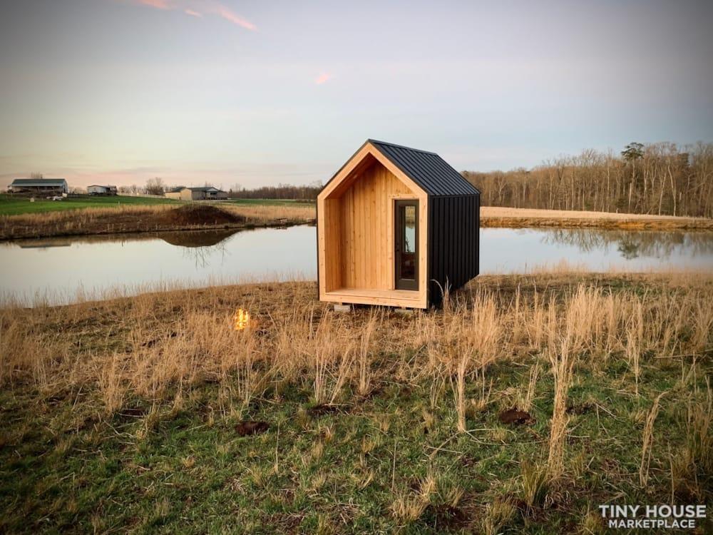 Nordic Style Tiny Home Studio - Slide 1
