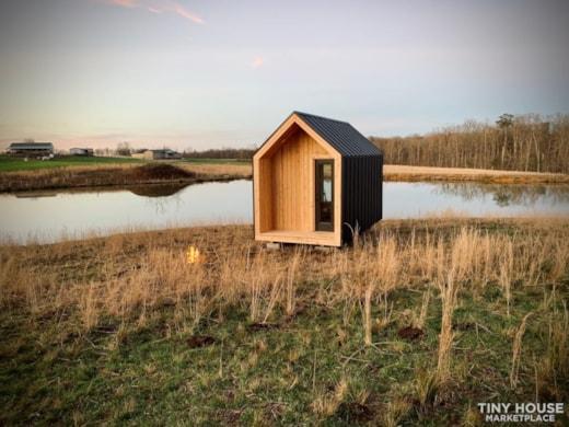 Nordic Style Tiny Home Studio