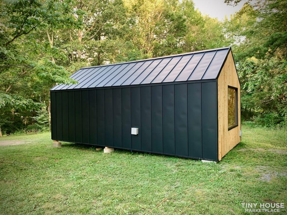 Nordic Style Tiny Home Studio - Slide 9