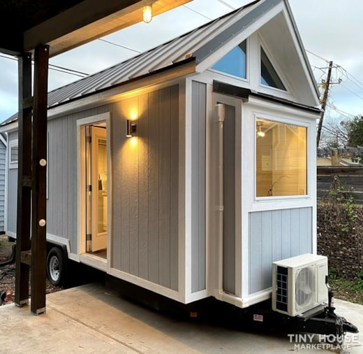 Premium New Tiny House/Home on Wheels for Sale!