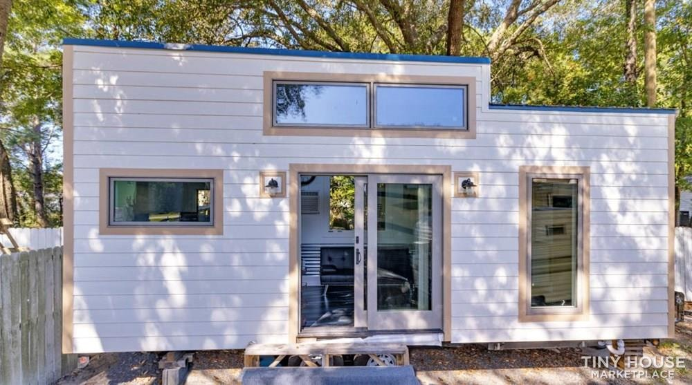 Really cool brand new - never lived-in - tiny home looking for an owner. - Slide 1