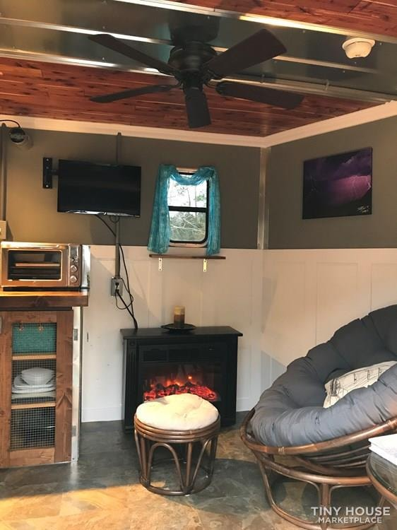 Rustic Modern Tiny House/Camper/Toy Hauler/Guest House - Slide 31