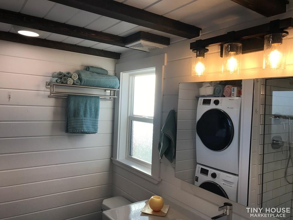 RVIA Certified Tiny House 34' Custom Mint Tiny Home for sale in Arizona - Slide 11