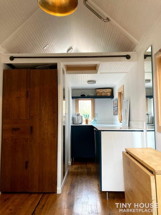 Scandinavian Modern Tiny House - Slide 6