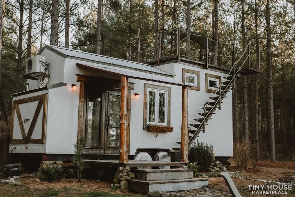 PENDING: Southern Charm Tiny House Featured on HGTV and DIY Network - Slide 1