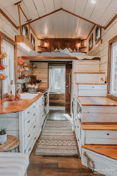 PENDING: Southern Charm Tiny House Featured on HGTV and DIY Network - Slide 8