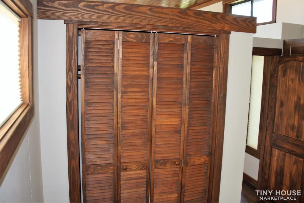 Stunning Rustic Park Model Home w/Carport and Storage at Vintage Grace Texas - Slide 13