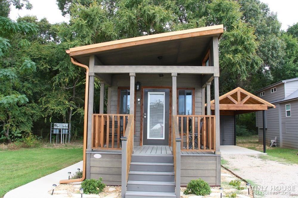 Stunning Rustic Park Model Home w/Carport and Storage at Vintage Grace Texas - Slide 23