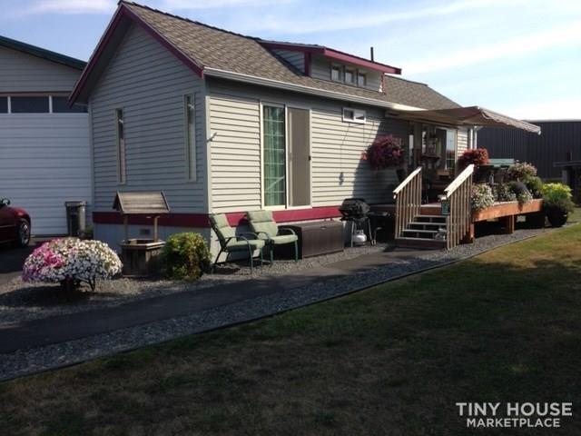 Stunning stick built cottage (May be sold 8-14) - Slide 1