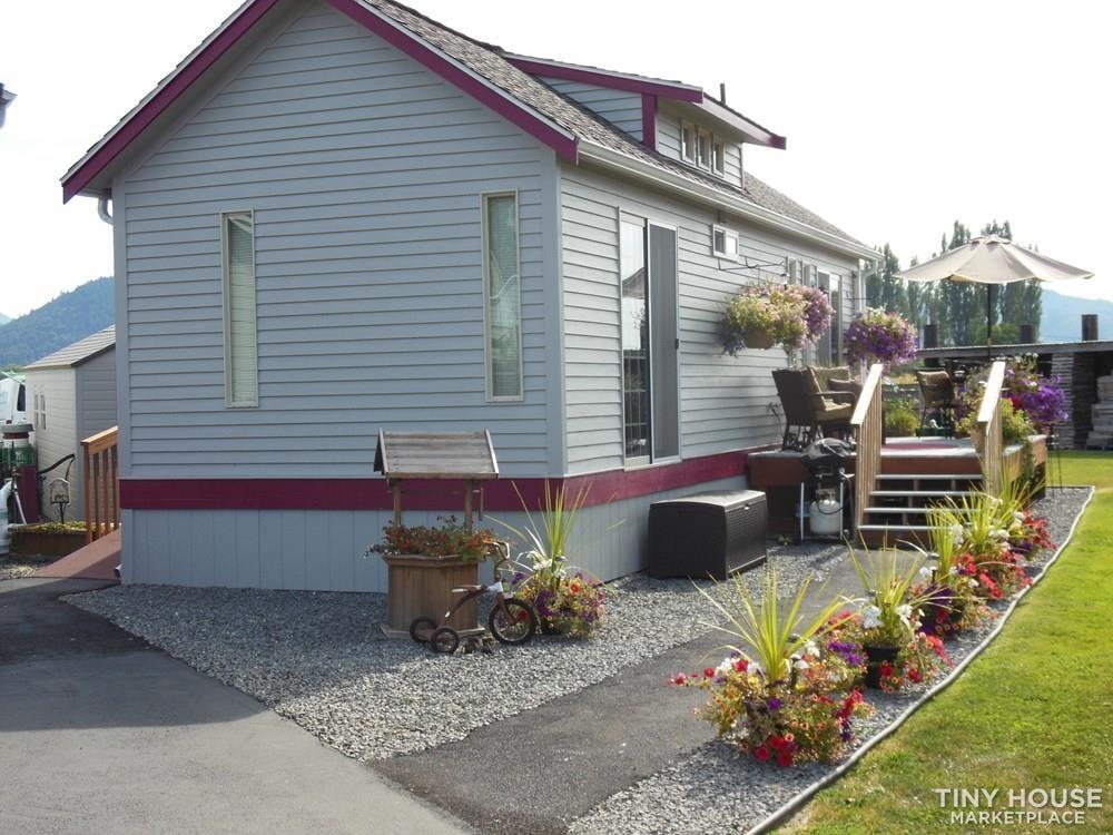 Stunning stick built cottage (May be sold 8-14) - Slide 2