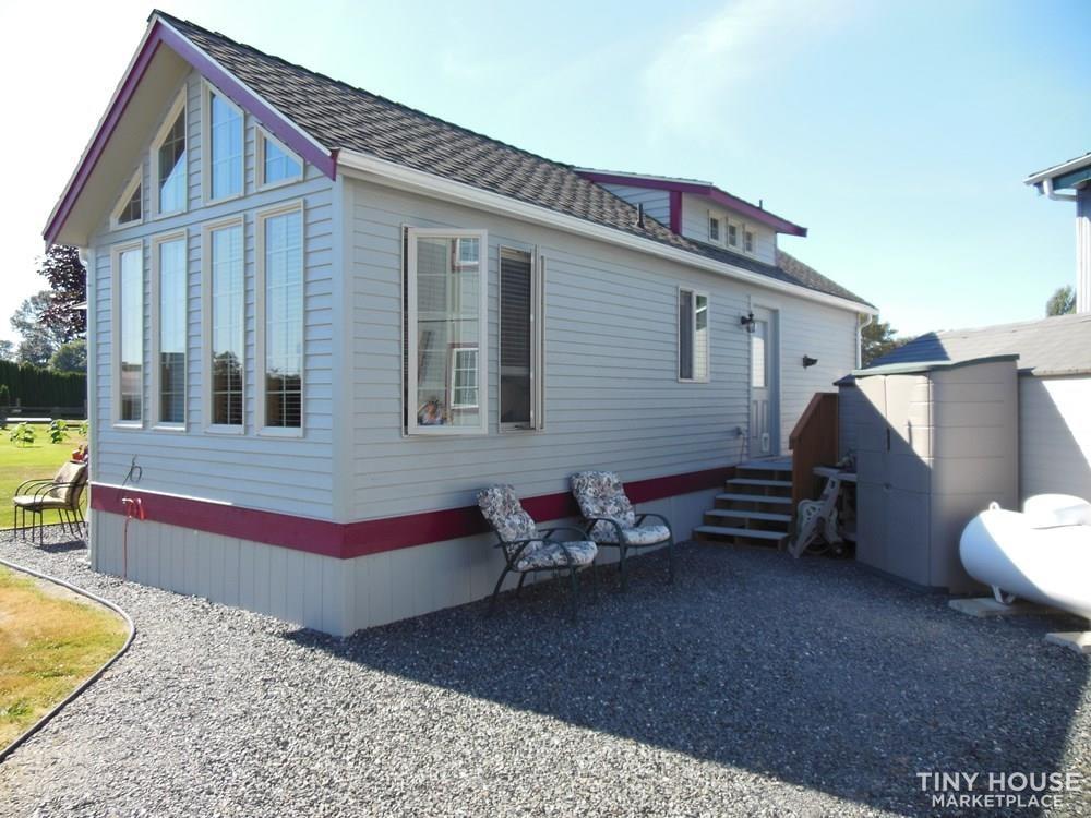 Stunning stick built cottage (May be sold 8-14) - Slide 5