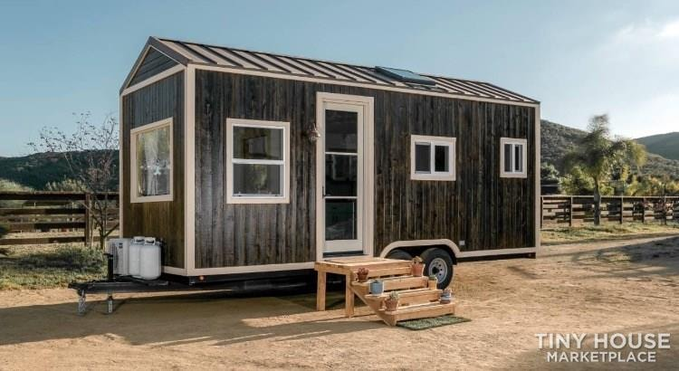 Super Cute New Cottage Tiny Home - Slide 2