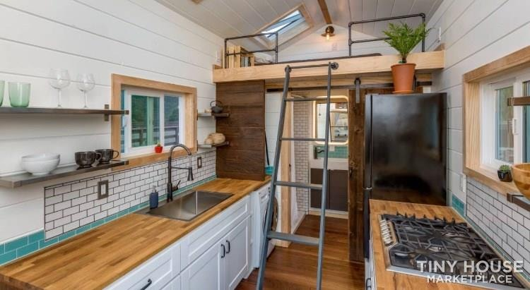 Super Cute New Cottage Tiny Home - Slide 3