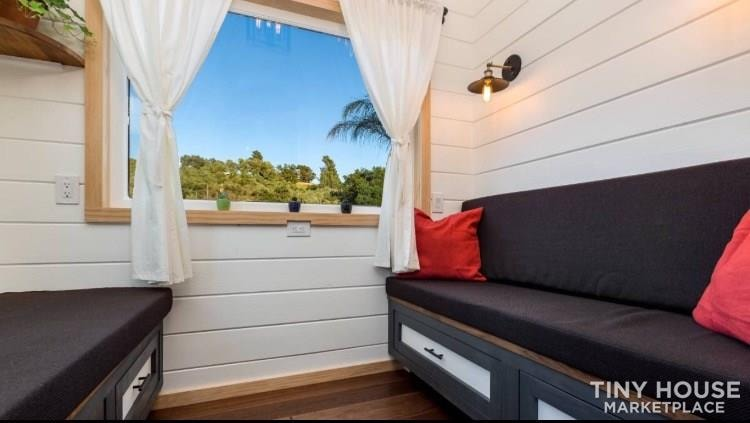 Super Cute New Cottage Tiny Home - Slide 6