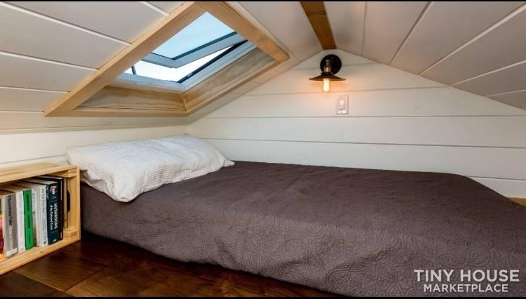 Super Cute New Cottage Tiny Home - Slide 8
