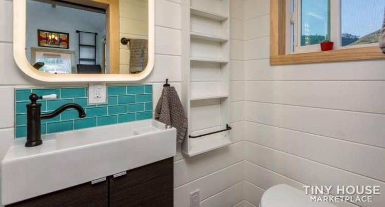Super Cute New Cottage Tiny Home - Slide 10