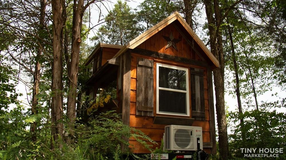 The Best Little Hen House in Tennessee is an 8′ x 16′ Freedom Style Tiny Home - Slide 1