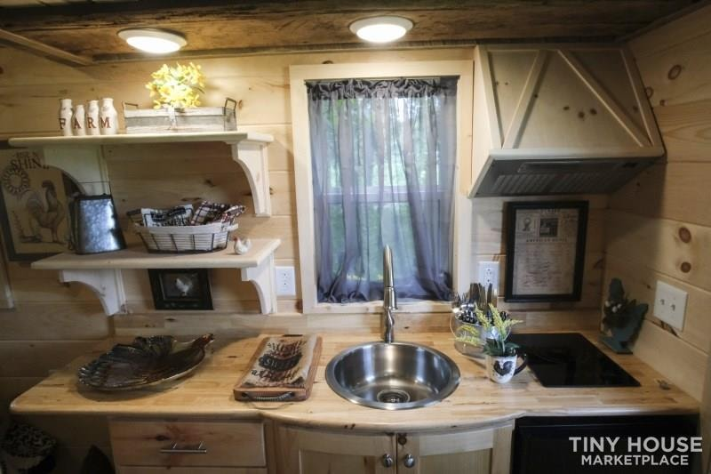 The Best Little Hen House in Tennessee is an 8′ x 16′ Freedom Style Tiny Home - Slide 4
