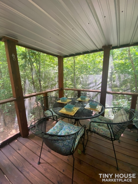 The Serenity with Rooftop Deck - Slide 2