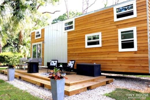 "The ""Ultramodern"" by TinyFL.com - A Modern Mansion"