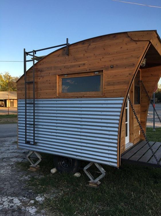 Tiny Cabin/micro house - Slide 2