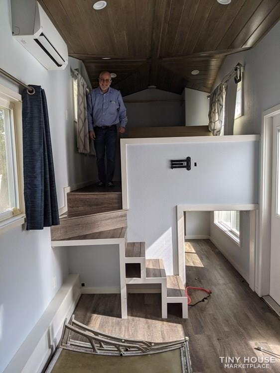 Tiny Dream House - Slide 7