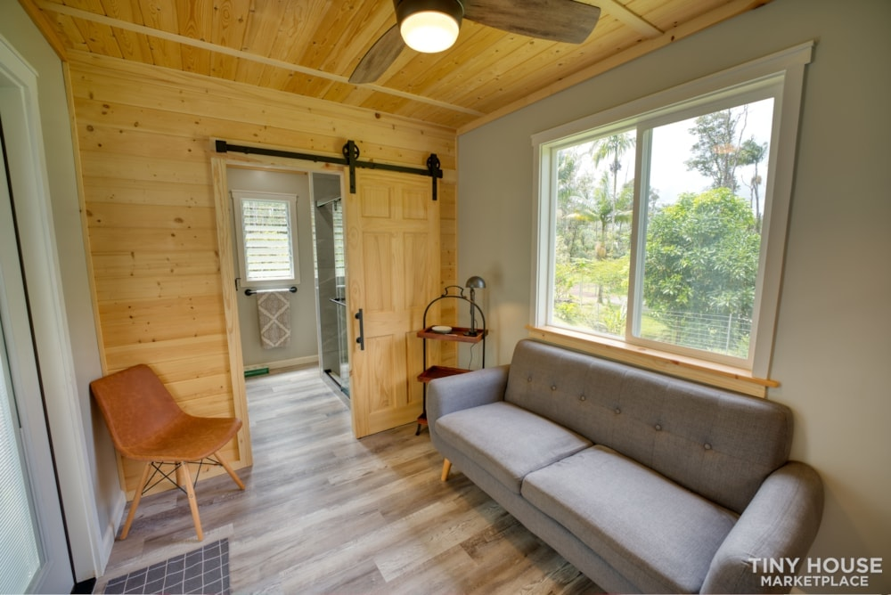 tiny home in Hawaii - Slide 4