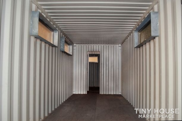 Tiny Home/Office/Container Home - Slide 2