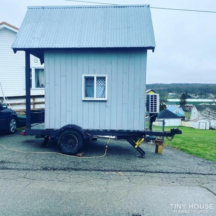 Tiny House  - Slide 2