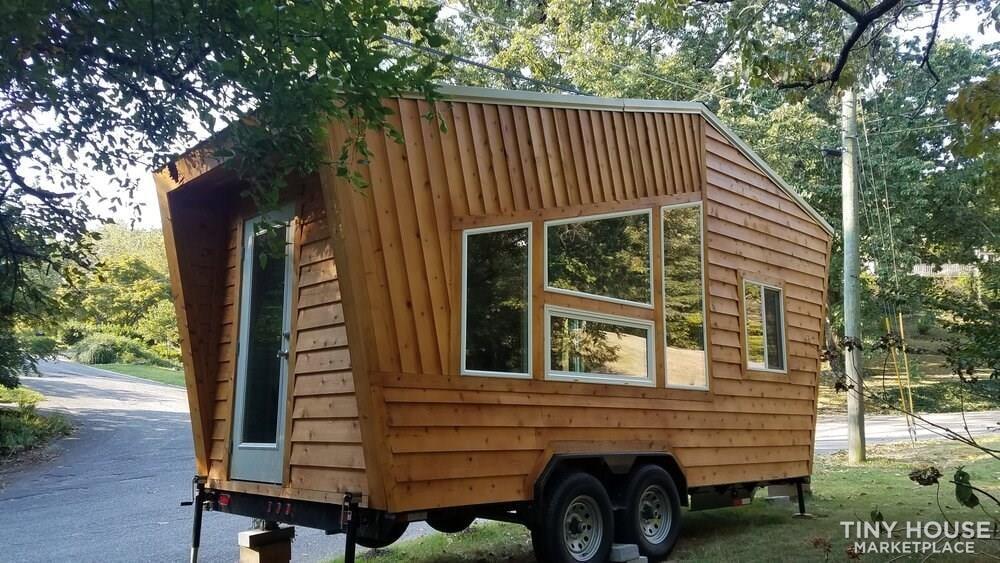 Tiny House for Sale - Slide 1