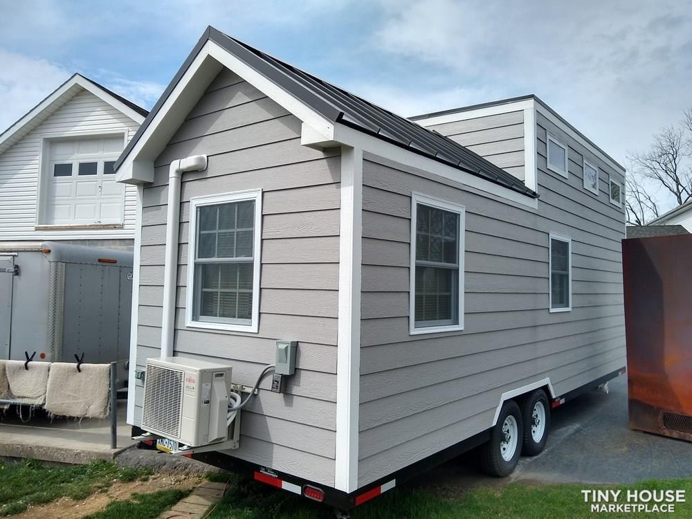Tiny House for Sale in Mt. Joy, PA - Slide 1