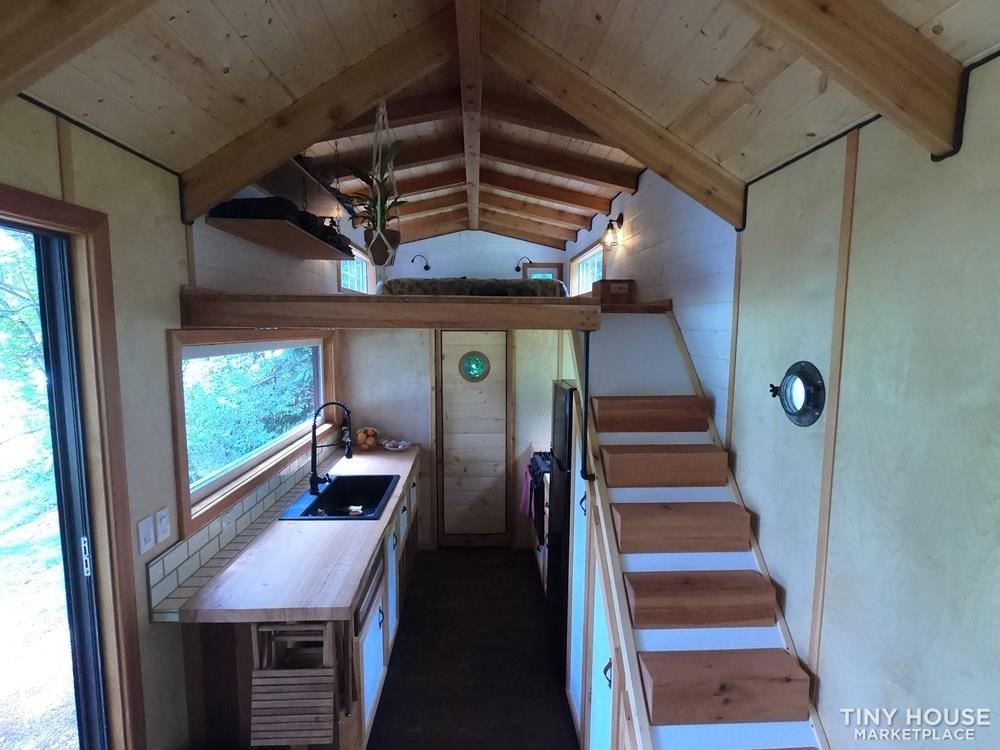 Tiny House on wheels 32ft - Slide 3