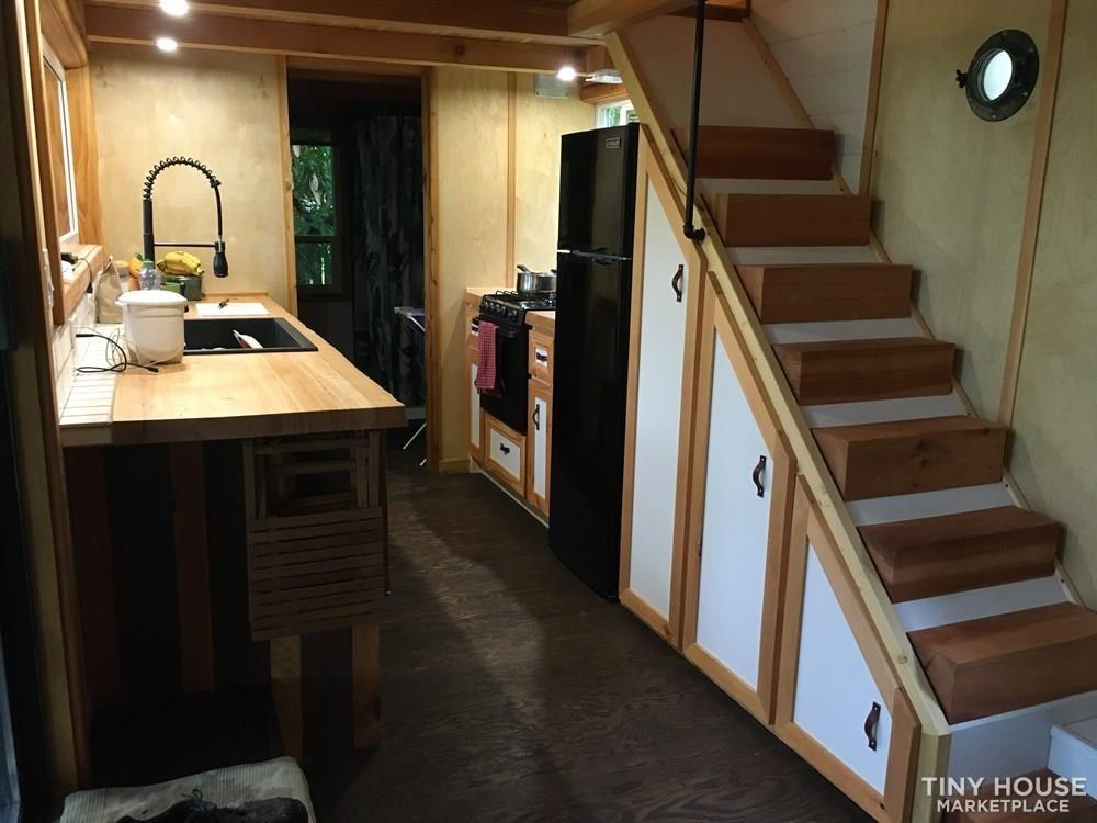 Tiny House on wheels 32ft - Slide 5