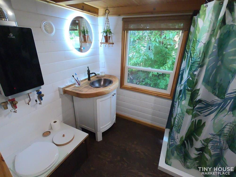 Tiny House on wheels 32ft - Slide 7