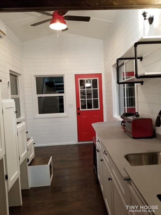 Tiny house on wheels for sale - Slide 9