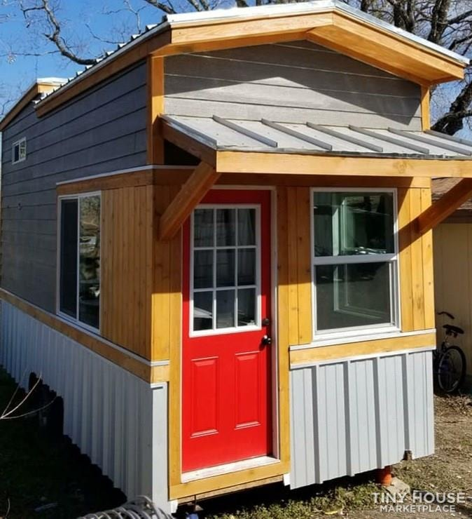 Tiny house on wheels for sale - Slide 1