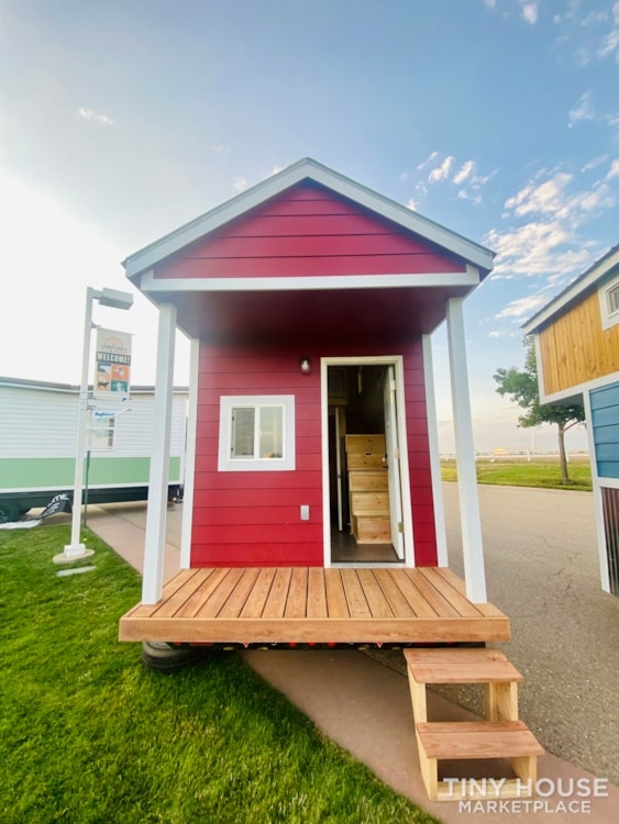 Tiny House Sale   In Stock Today   $22,500 - Slide 2