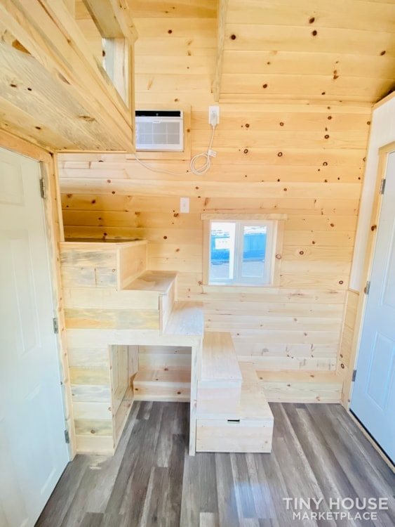 Tiny House Sale   In Stock Today   $22,500 - Slide 5