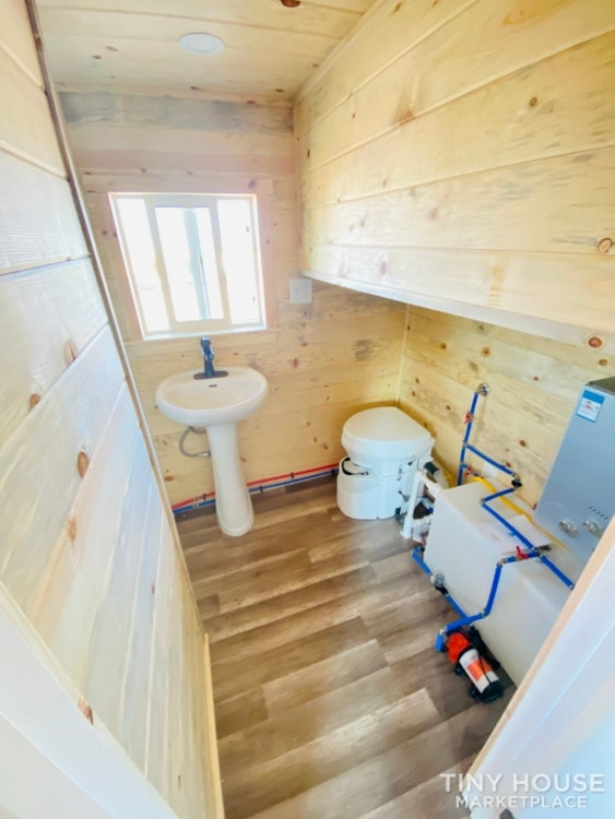 Tiny House Sale   In Stock Today   $22,500 - Slide 7