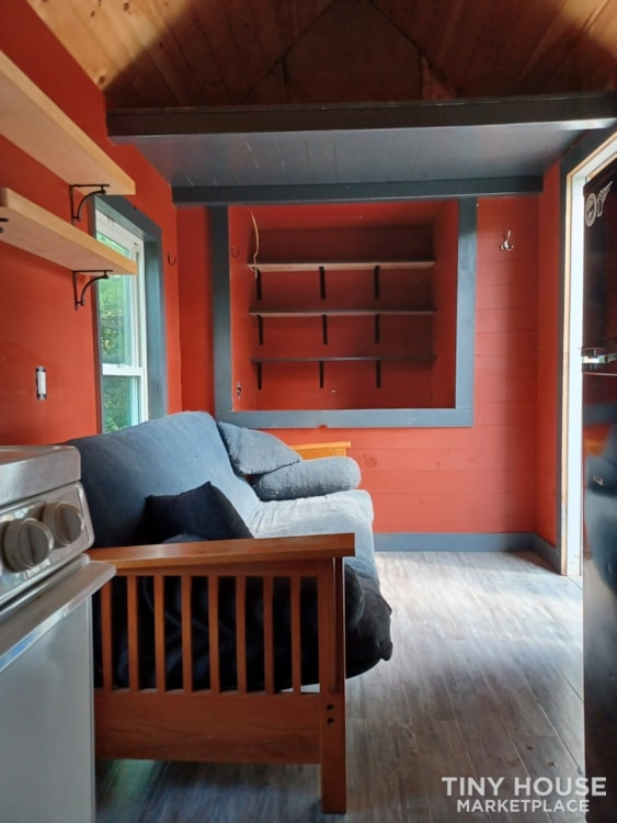 Tiny House- Solar, Kitchen, hardwood counters, ready to live off grid - Slide 8