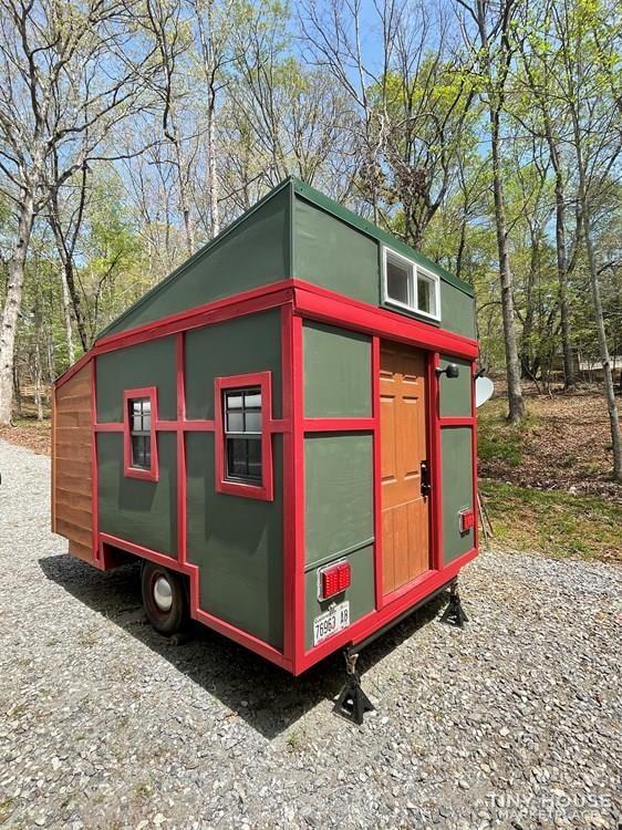 Travel Trailer - Tiny Camper for Sale - Slide 1