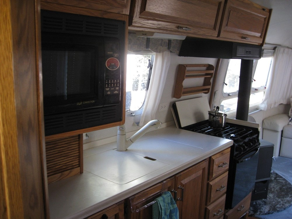 Ultimate flexibility -Converted 34' Classic Airstream Tiny House  - Slide 6