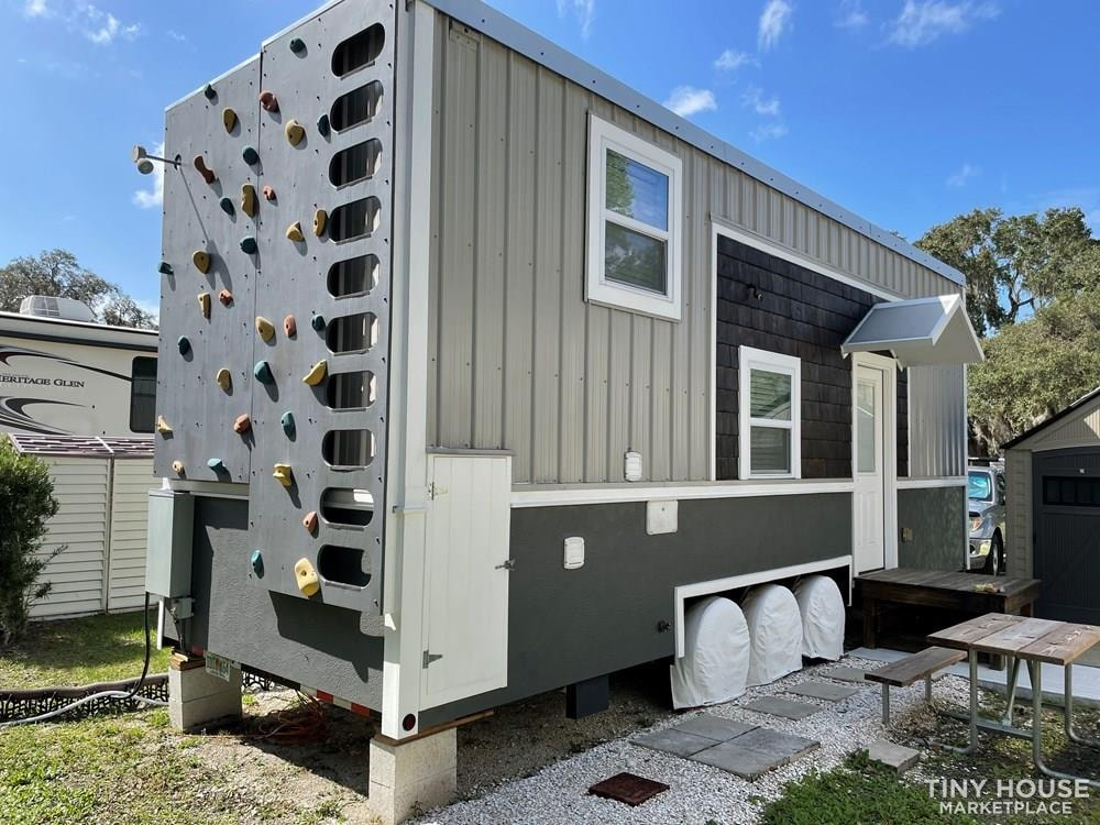Ultra quality Tiny House in Palmetto FL with many upgrades - Slide 1
