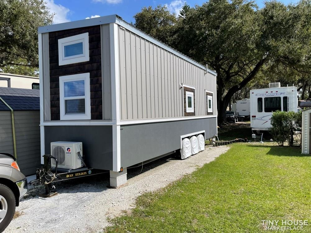 Ultra quality Tiny House in Palmetto FL with many upgrades - Slide 2