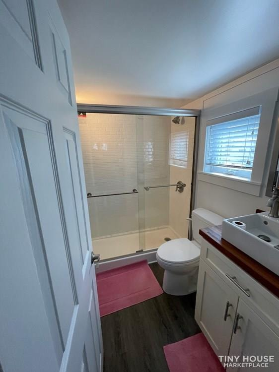 Ultra quality Tiny House in Palmetto FL with many upgrades - Slide 6