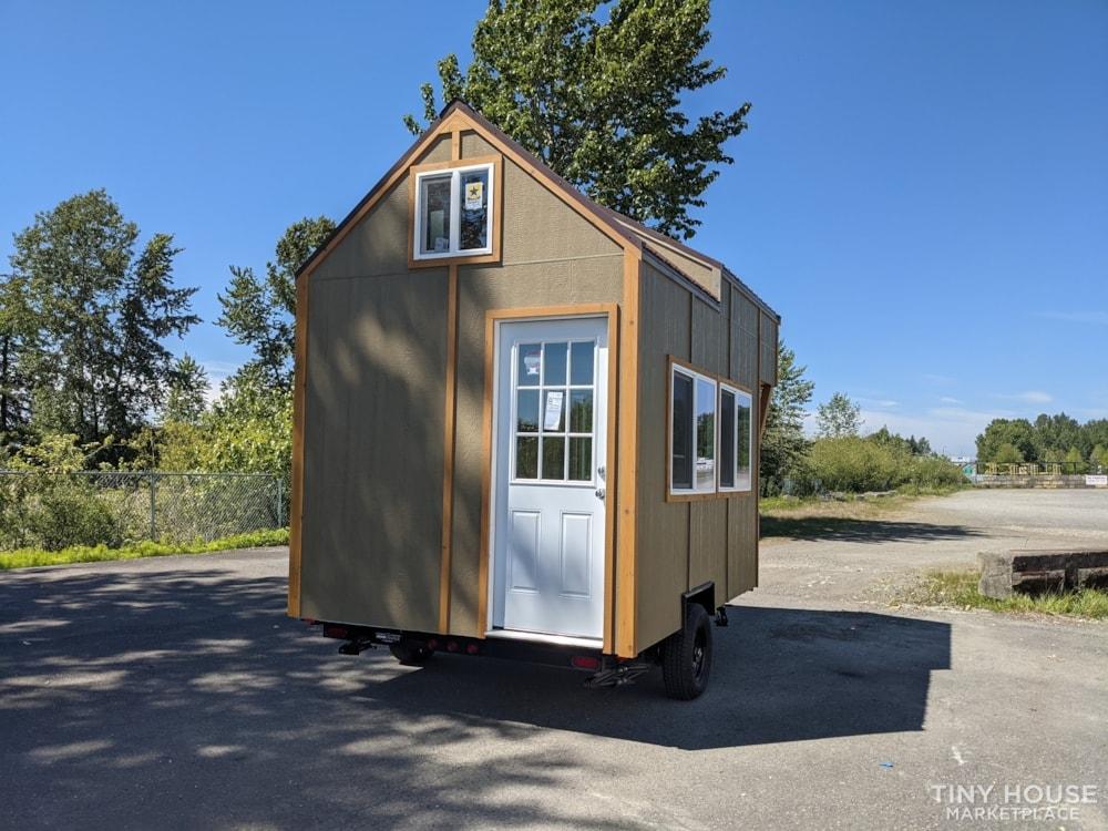 Very Special 12x8 Tiny House - Slide 3